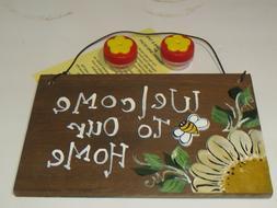 Handheld Hummingbird Feeders With Wood Sign